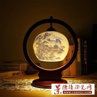 简易中式灯罩青花粉彩薄胎腰鼓台灯