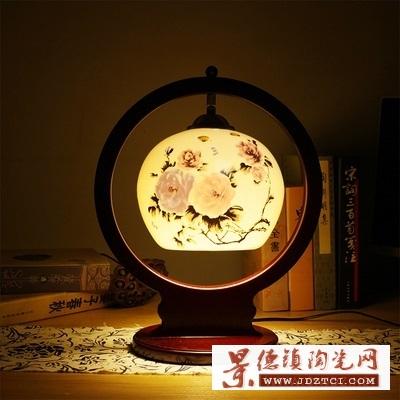 景德镇青花瓷创意陶瓷台灯卧室床头灯批发