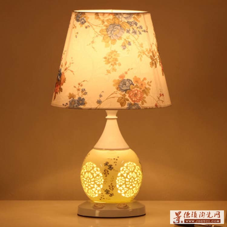 中式陶瓷台灯