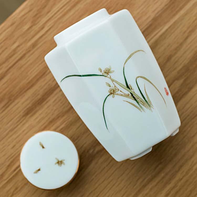 新款青白瓷茶叶罐手绘陶瓷密封罐茶盒茶具便携小号旅行花茶罐茶仓