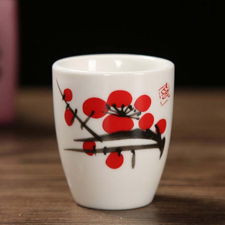 陶瓷家用创意白酒杯烈酒杯