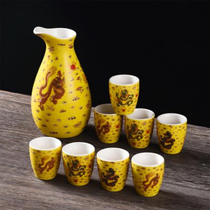 中国红陶瓷酒杯