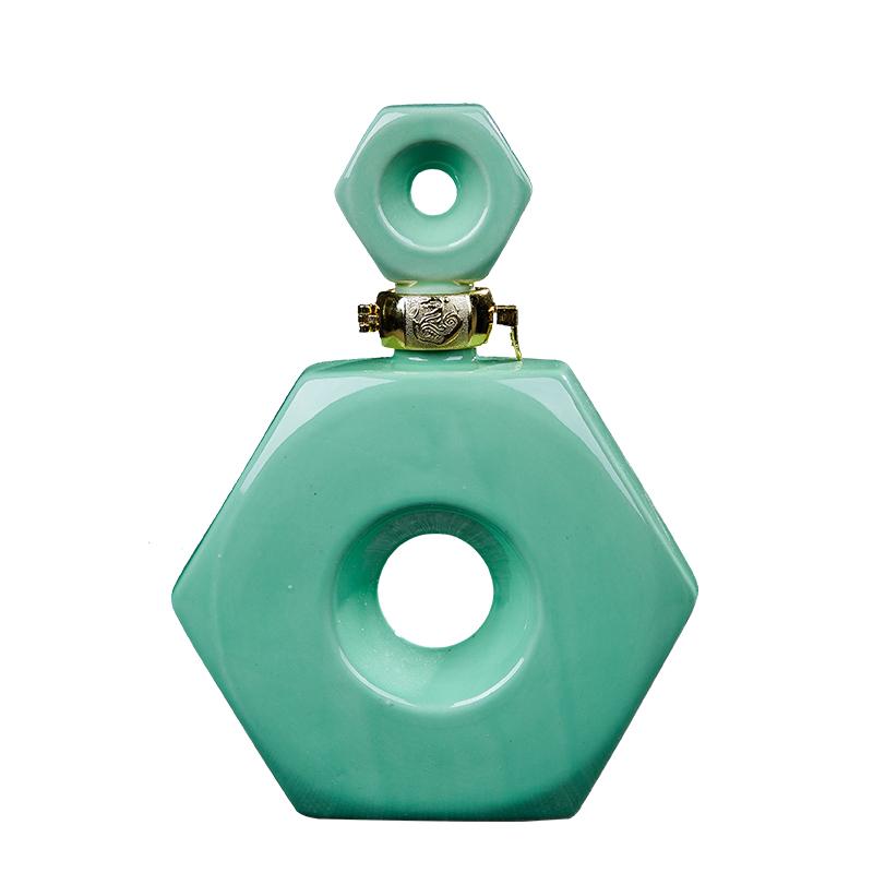 景德镇陶瓷小酒瓶