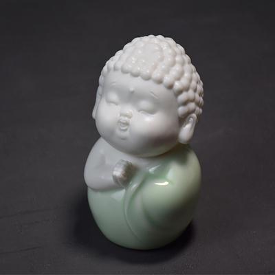 新中式陶瓷摆件家居如来佛像茶宠摆件