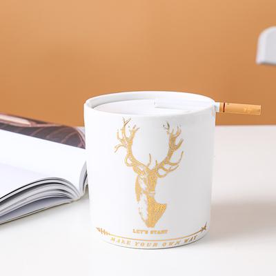 现代创意陶瓷带盖烟灰缸