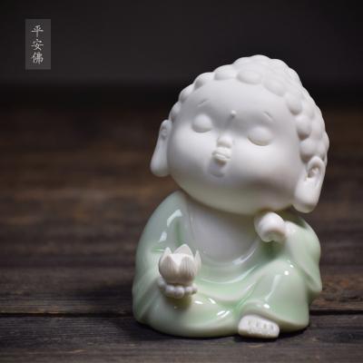 景德镇陶瓷人物摆件