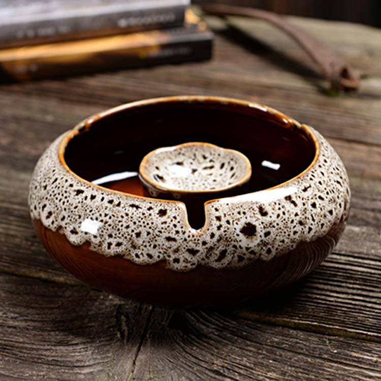 陶瓷仿古烟灰缸