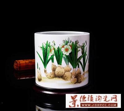江西省工艺美术大师李少景《冰清玉洁》笔筒