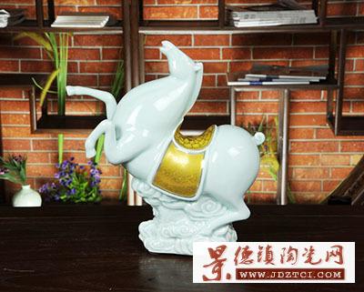 景德镇陶瓷十二生肖马装饰摆件瓷工艺品雕塑名家刘少平天马