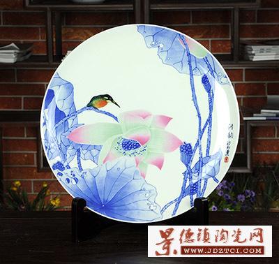 景德镇陶瓷荷花鸟礼品欧阳桑名人瓷器家居装饰清韵挂盘摆件