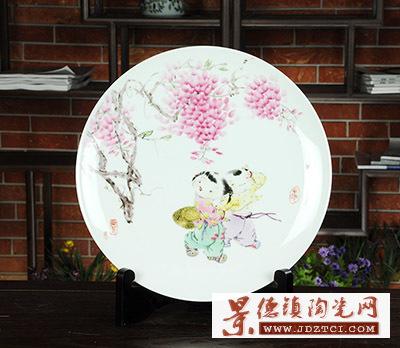 景德镇陶瓷创意工艺品摆件吴兰芳婴戏图童趣装饰瓷挂盘中式