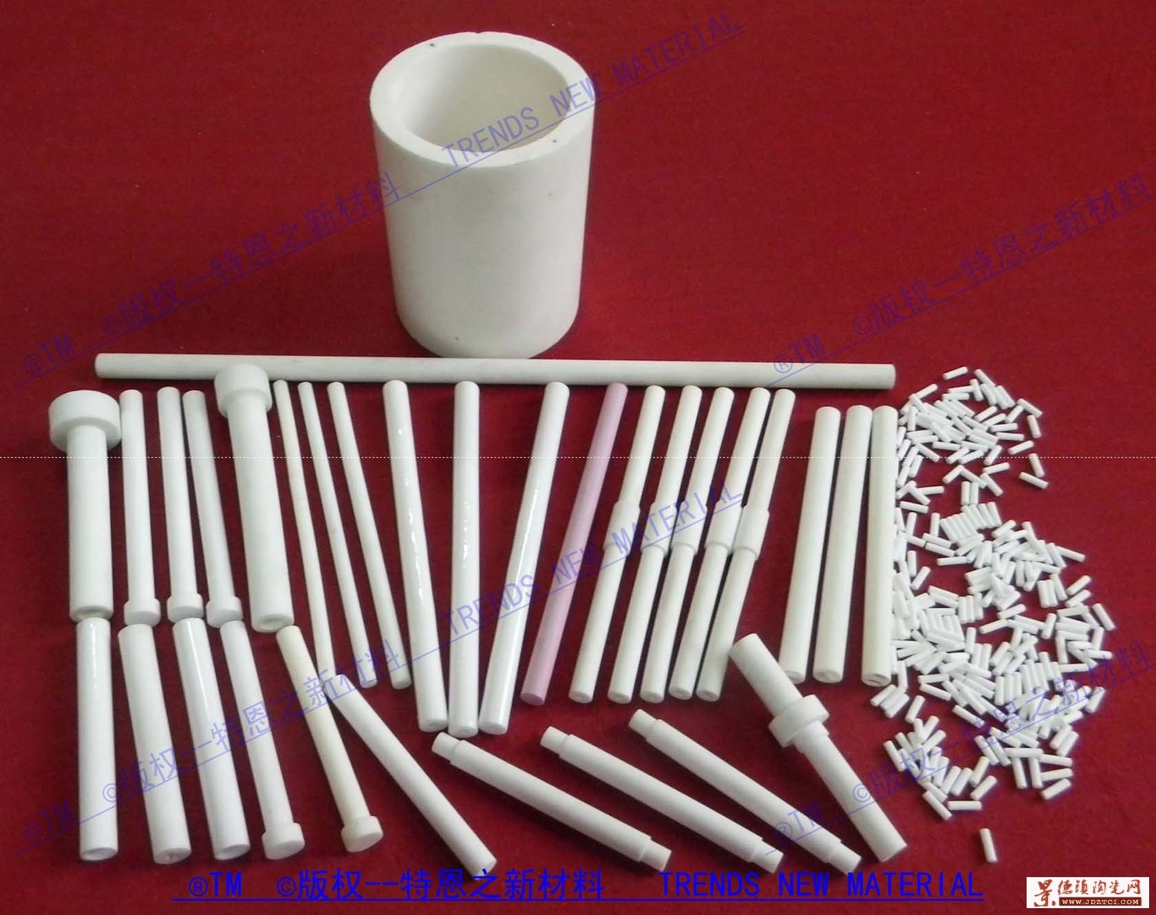氧化铝陶瓷管、棒,本公司专业生产氧化铝陶瓷、耐磨陶瓷、陶瓷密封件