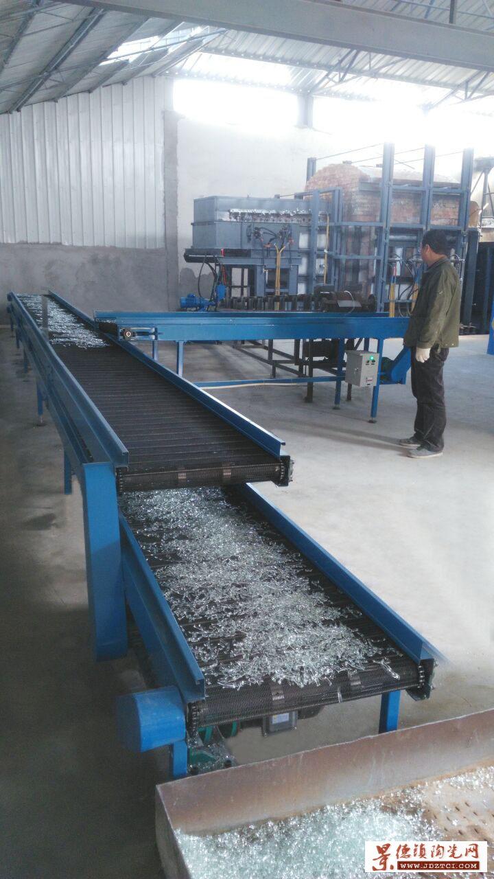 设计建造日产6吨玻璃纤维熔块电炉